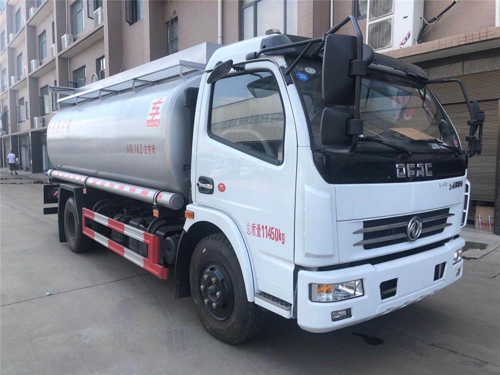 BB官网多贝博西甲10吨供液车【10.2方】